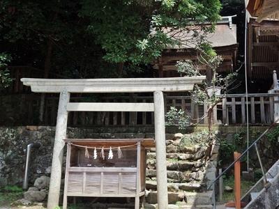 IMG_6189 摂社・若宮神社本殿.JPG